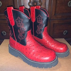 Roper Size 9 Red and Black Boots